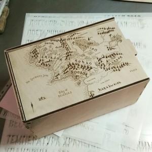 Коробка с гравировкой